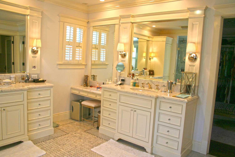 Bathrooms-IMG_0763