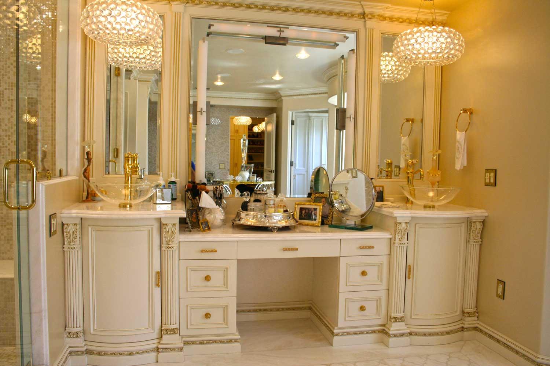 Bathrooms-IMG_1013
