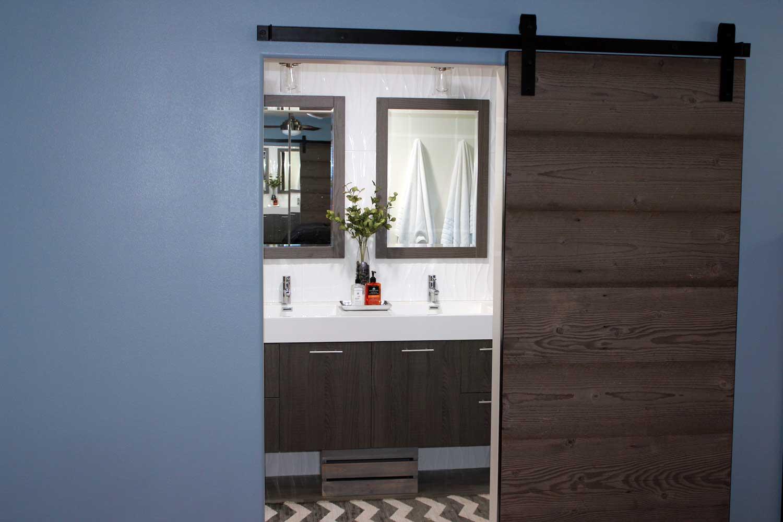 Bathrooms-IMG_1069
